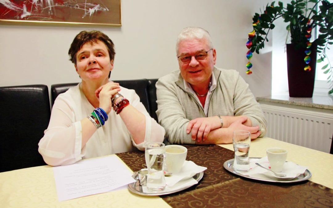 Kaffeehaus-Gespräch Hannes Dolleschall und Alexandra Schröcker