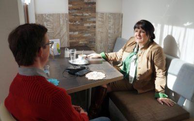 Kaffeehaus-Gespräch Manuela Khom und Andreas Oberweger